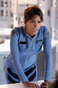 Halle Berry cracks another universe in EXTANT.  CBS Broadcasting, Inc.