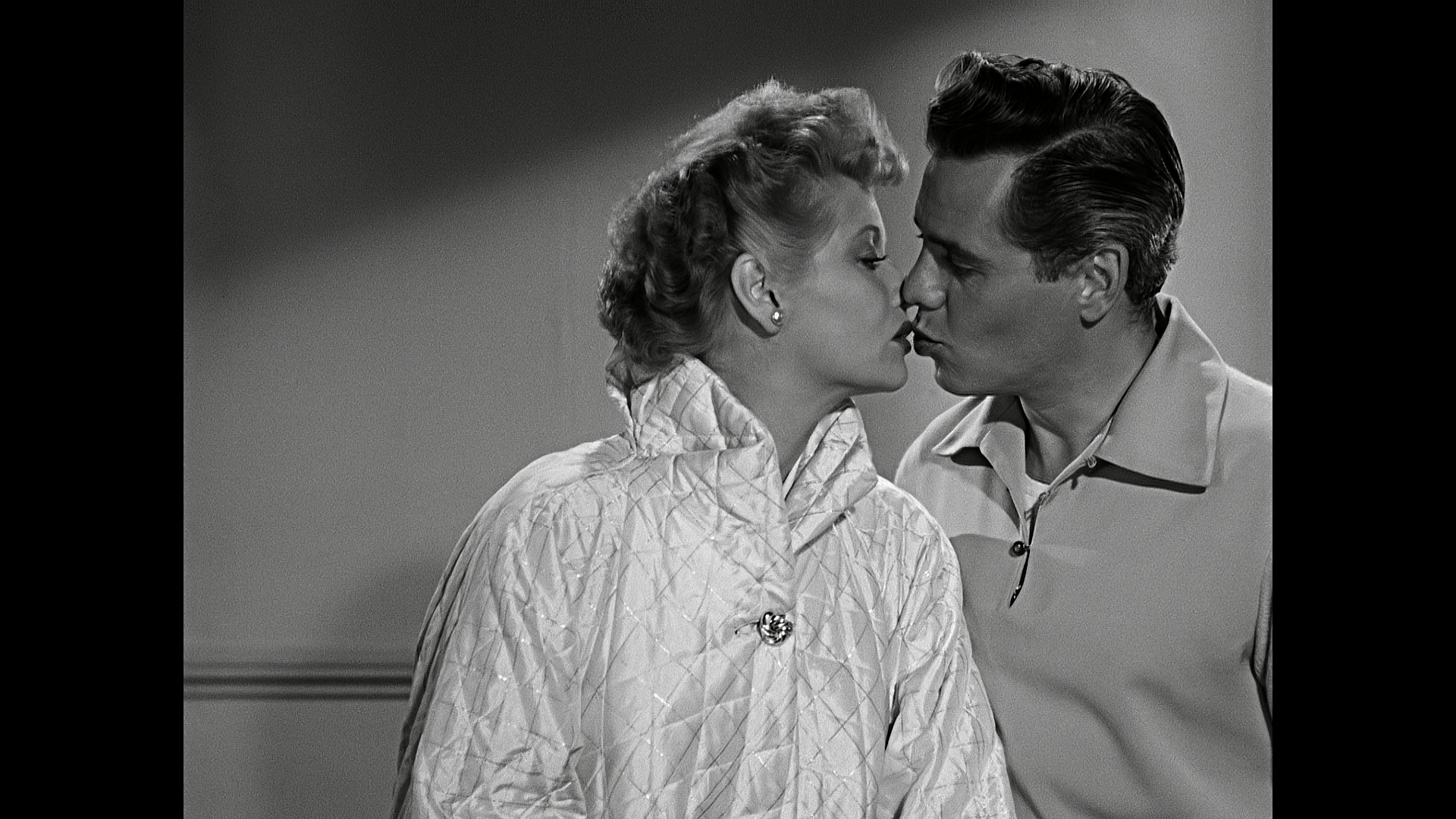 I Love Lucy Christmas Special Sweetens the Pot | FrontRowCenter