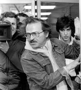 Sidney Lumet (front) and Al Pacino (far right) filming DOG DAY AFTERNOON in 1975. Photo courtesy ©Everett Collection.
