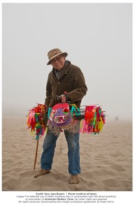 Tyrus Wong holding one of his fanciful kites. Photo: Sara Jane Boyers.