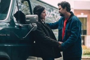 Former married couple, Dessa Constantine (Kathryn Hahn) and Dominick Birdsey (Mark Ruffalo), reestablish ties in I KNOW THIS MUCH IS TRUE. Photo: Atsushi Nishijima for HBO.